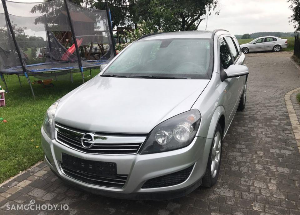 Opel Astra 1.9 cdti klimatyzacja /po opłatach/ 1