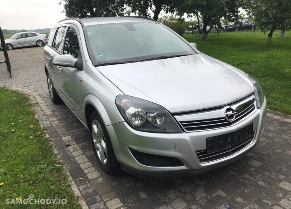 Opel Astra 1.9 cdti klimatyzacja /po opłatach/ 2