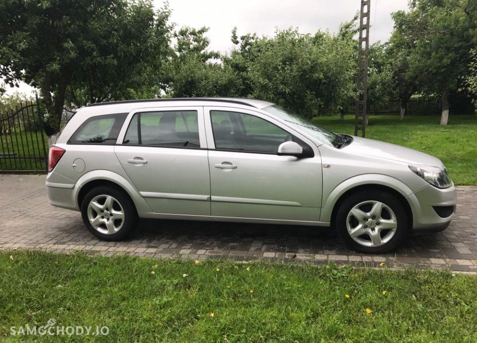 Opel Astra 1.9 cdti klimatyzacja /po opłatach/ 4