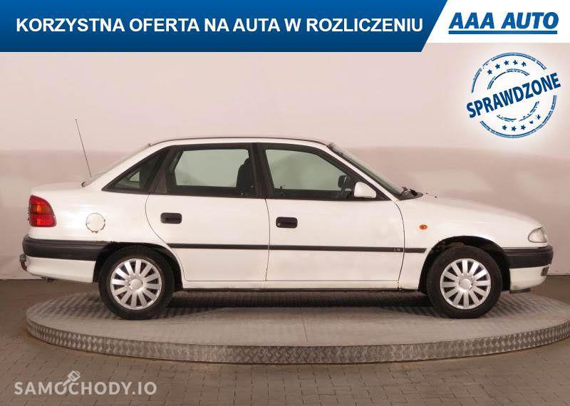 Opel Astra 1.6 16V, Salon Polska, 1. Właściciel, wspomaganie Kierownicy 29