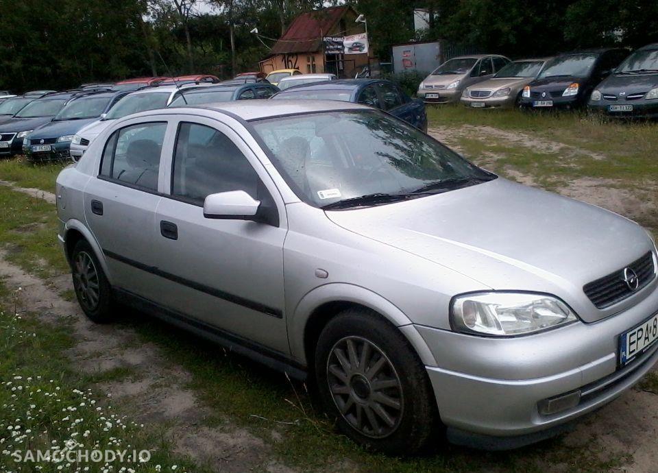 Opel Astra 1.8 b,automat,skóry,wersja limitowana,super stan 4