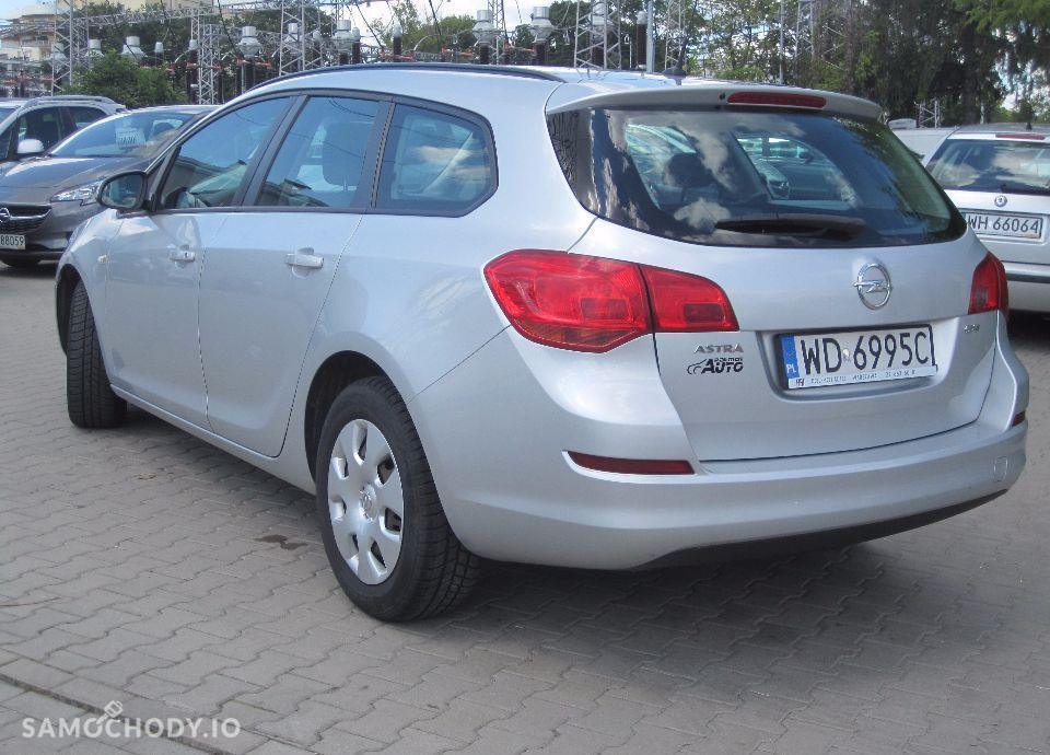 Opel Astra 1.7 CDTI Salon PL 7