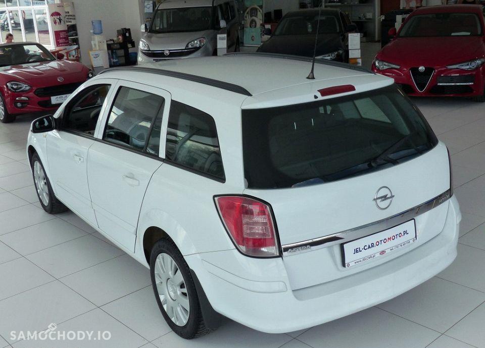 Opel Astra 1.7 CDTI 101KM klimatyzacja 37