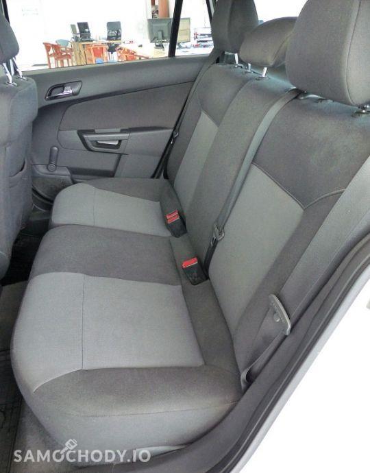 Opel Astra 1.7 CDTI 101KM klimatyzacja 106