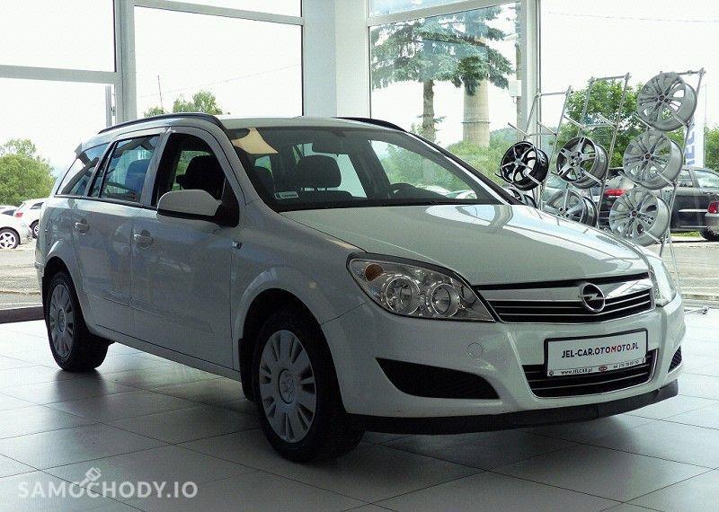 Opel Astra 1.7 CDTI 101KM klimatyzacja 4