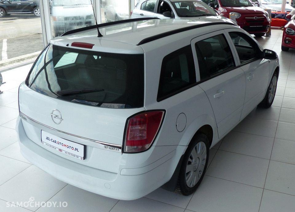 Opel Astra 1.7 CDTI 101KM klimatyzacja 16