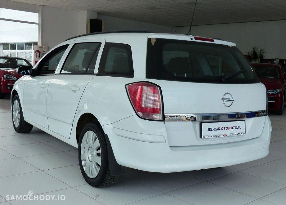 Opel Astra 1.7 CDTI 101KM klimatyzacja 29