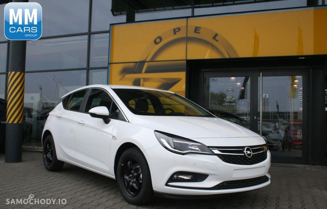 Opel Astra Enjoy 1.4 100KM 1