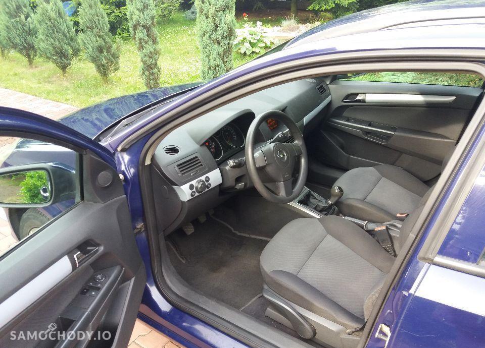 Opel Astra zarejestrowana, bdb stan, od rodziny 11