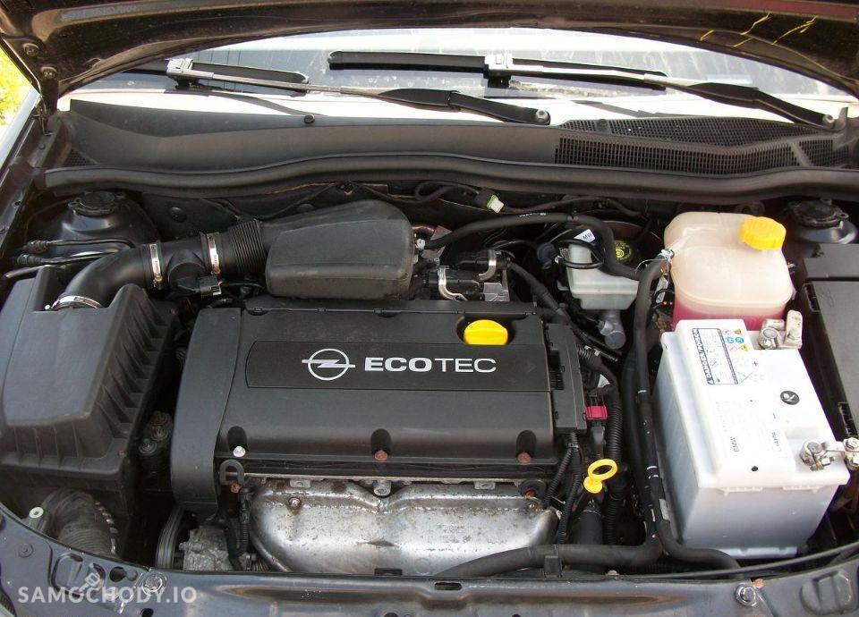 Opel Astra 1.6 z Niemiec mały przebieg wersja SPORT 22