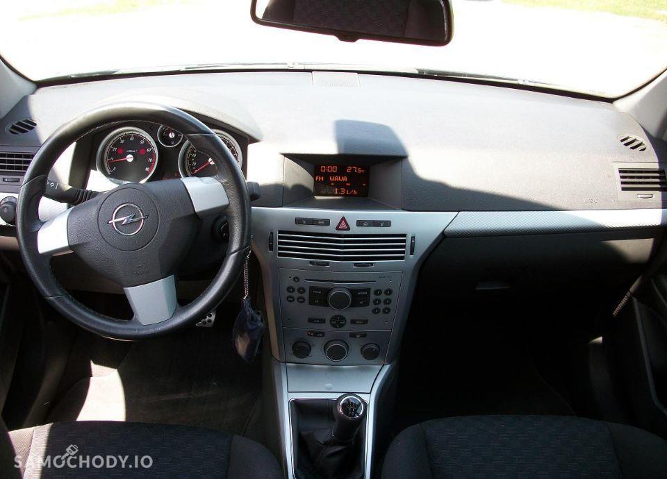 Opel Astra 1.6 z Niemiec mały przebieg wersja SPORT 16