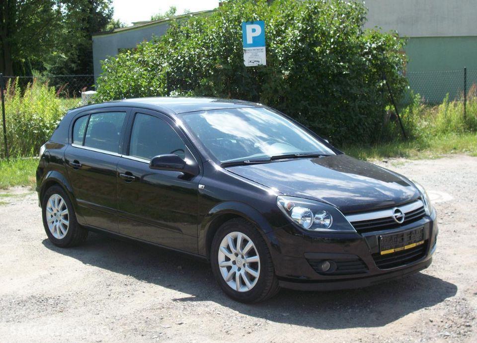 Opel Astra 1.6 z Niemiec mały przebieg wersja SPORT 11