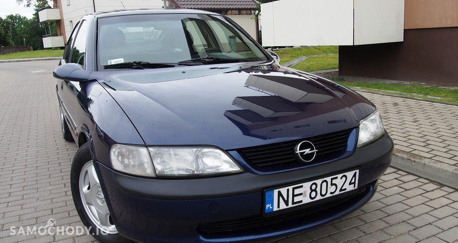 Opel Vectra zadbane wnetrze ,klimatyzacja alufelgi,hak,nowy rozrzad 56