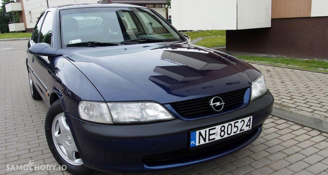 Opel Vectra zadbane wnetrze ,klimatyzacja alufelgi,hak,nowy rozrzad 1