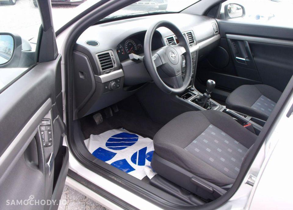 Opel Vectra 1.6I 105 KM 22