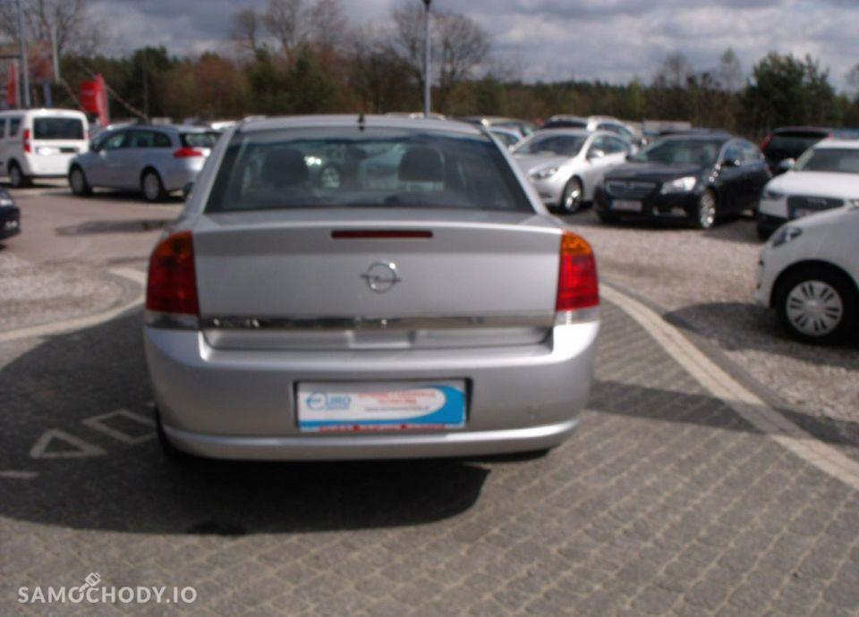 Opel Vectra 1.6I 105 KM 11