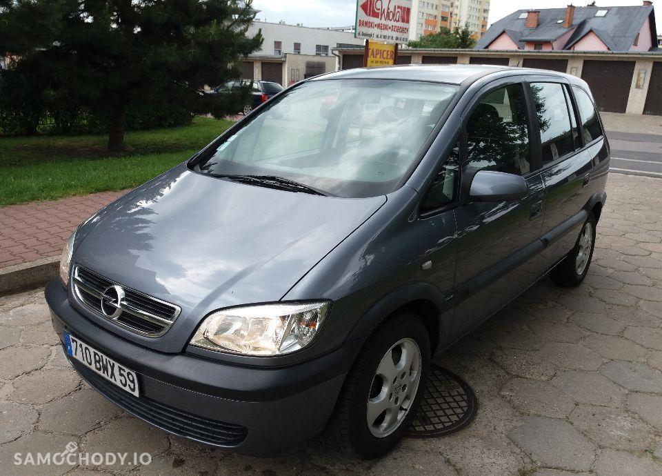 Opel Zafira 100% oryginał 1