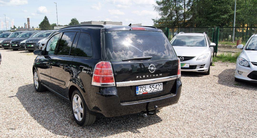 Opel Zafira 1.9CDTi/120KM! 7 osobowy! Nowy dwumas! 11