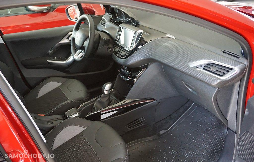 Peugeot 2008 ALLURE + 1,2 110 KM rok 2017 4