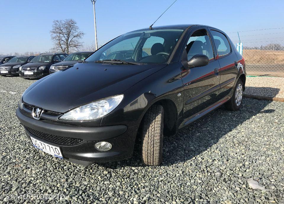 Peugeot 206 1,4 HDI 68 KM Czarny Klima Elektryka Opłacony Zobacz !!! 7