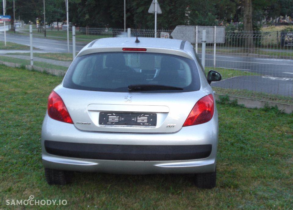 Peugeot 207 79