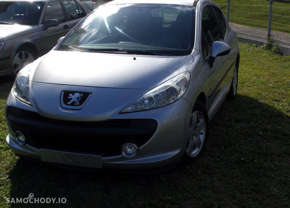 Peugeot 207 106