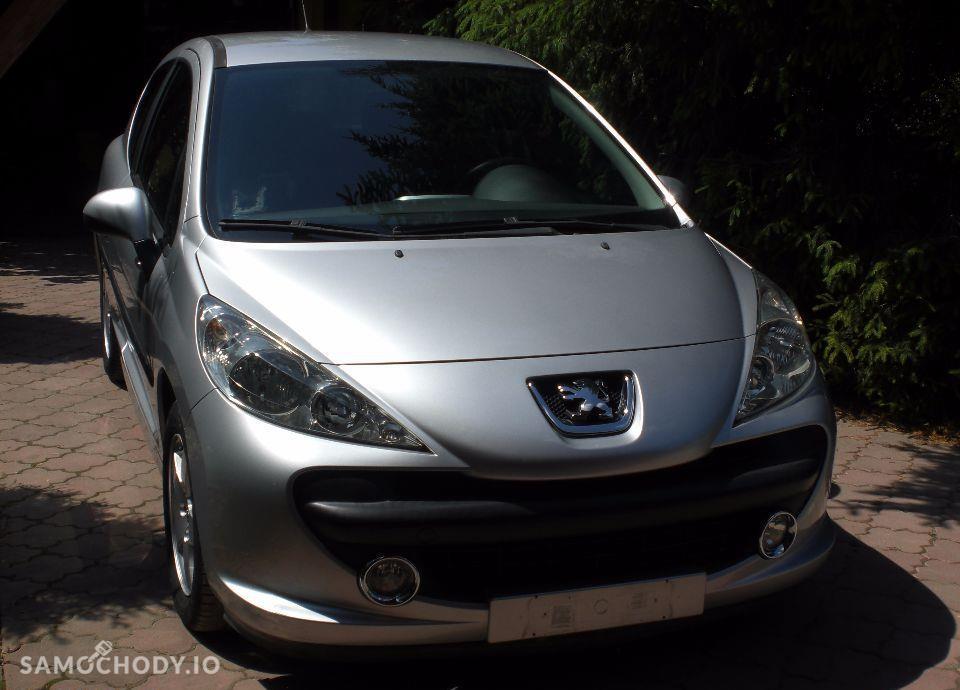 Peugeot 207 92