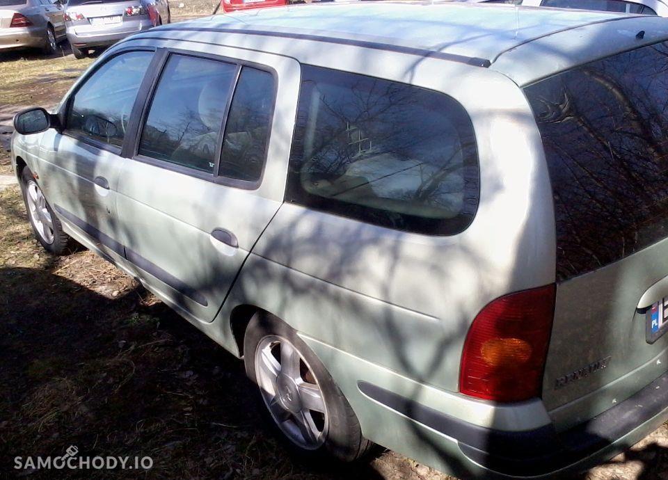 Renault Megane 1.6+Gaz Sekwencja 2002 Rok,zarejestrowany 16