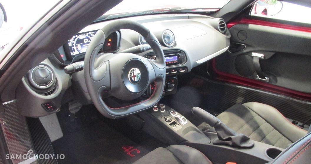 Alfa Romeo 4C sportowy, 240 KM , NOWY 4