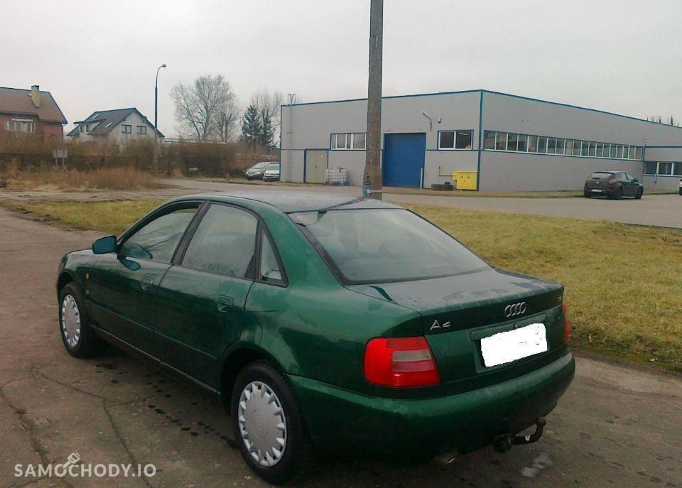 Audi A4 B5 (1995-2001) Klima el. szyby Hak radio fabryczne 2