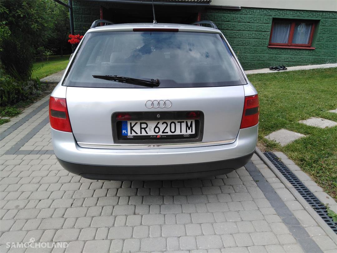 Audi A6 C5 (1997-2004)  7