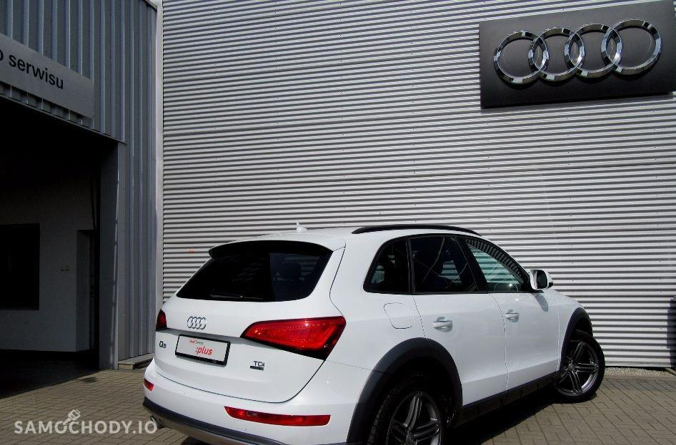 Audi Q5 xenony, gwarancja fabryczna , sportowa kierownica , pierwszy właściciel 2