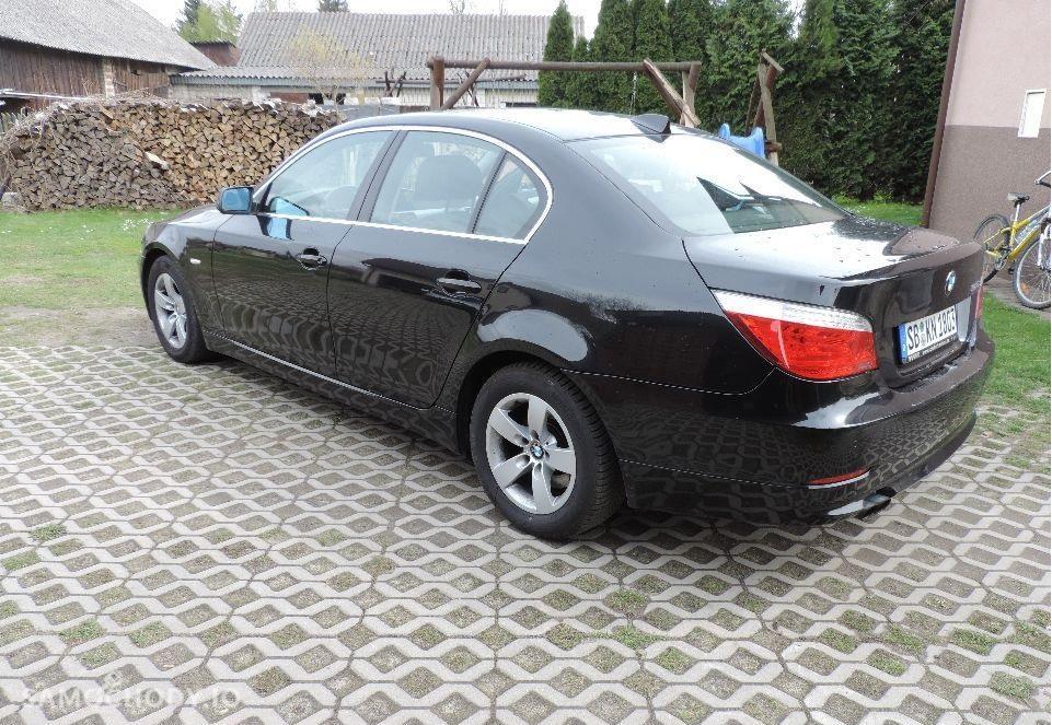 BMW Seria 5 E60 (2003-2010) szyberdach, podgrzewane siedzenia, system start-stop 1
