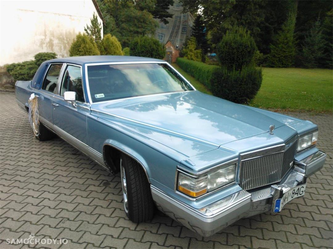 Cadillac Fleetwood sprowadzony ze Stanów w 2013 roku 1