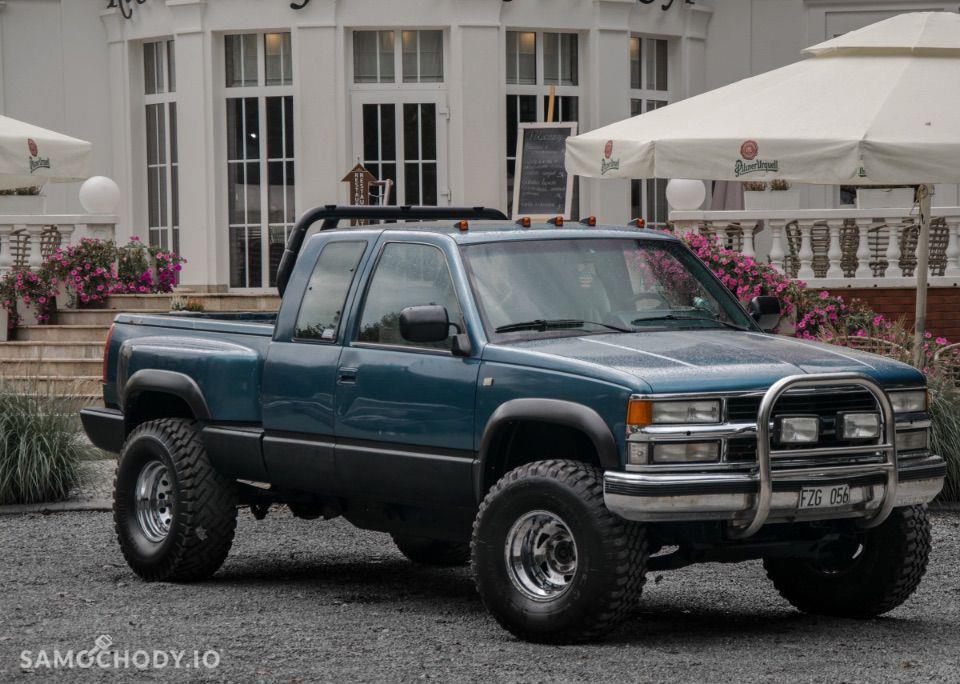 Chevrolet K1500 pick-up ze skrzynią ładunkową typu Stepside 1