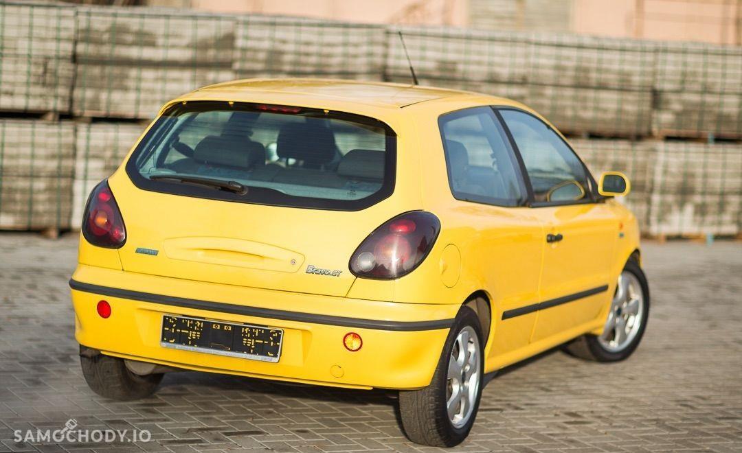Fiat Bravo I (1995-2001) Żółta wyścigówka 105KM 2