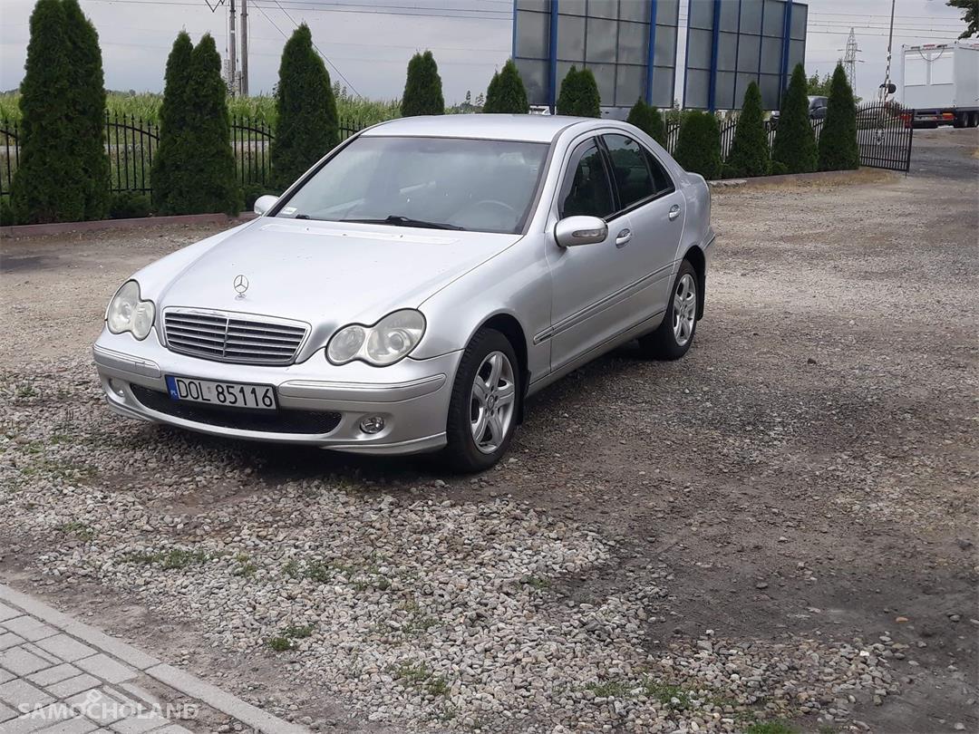 Mercedes Benz Klasa C W203 (2000-2007)  1
