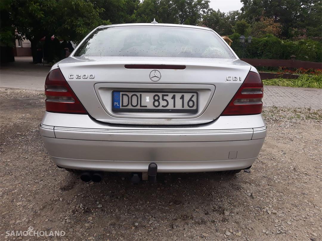 Mercedes Benz Klasa C W203 (2000-2007)  22