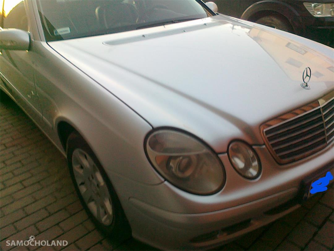 Mercedes Benz Klasa E W211 (2002-2009) Zadbany atrakcyjny Mercedes 1