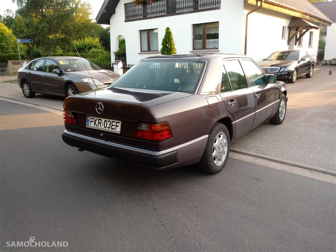 Mercedes Benz W124 (1984-1993)  2
