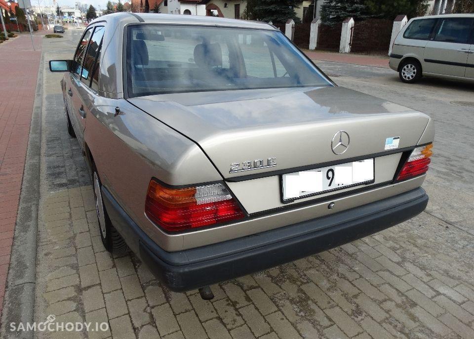 Mercedes-Benz W124 (1984-1993) Benzyna 2.2 132KM 1989r. 2