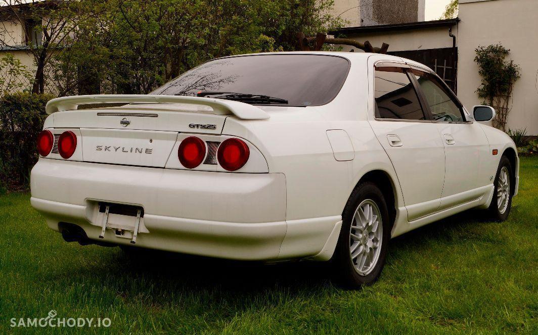 Nissan Skyline Bezwypadkowy , automat , 197 KM  2