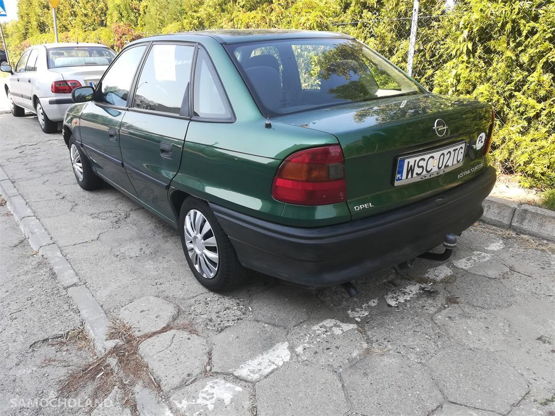 Opel Astra F (1991-2002)  7