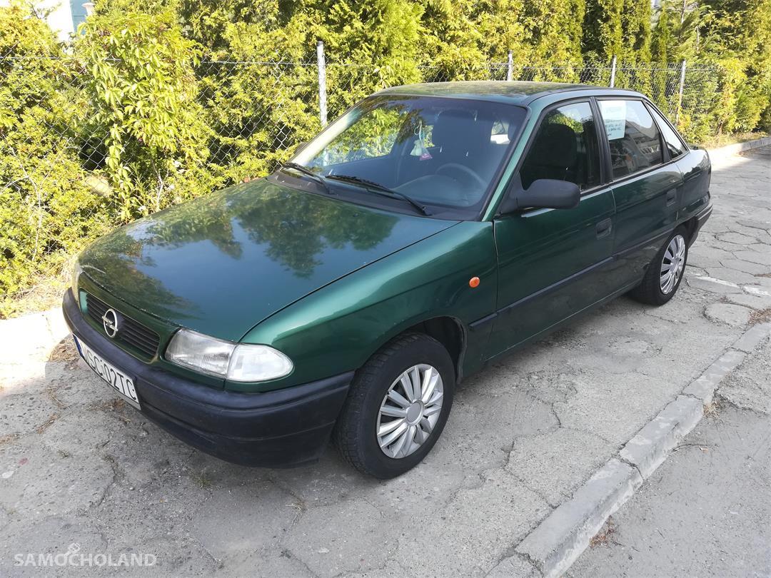 Opel Astra F (1991-2002)  4