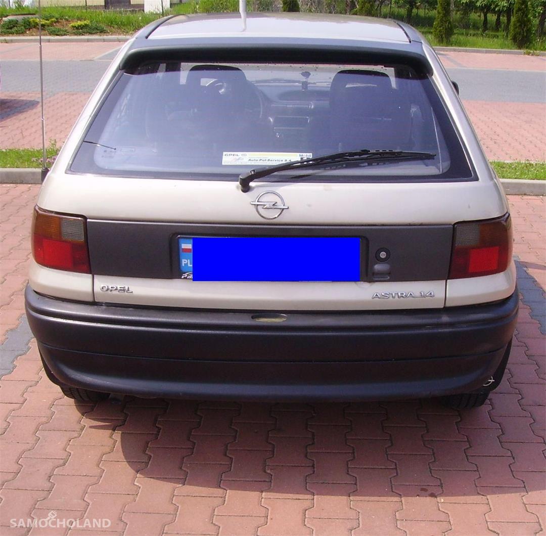 Opel Astra F (1991-2002)  z 1996 r.   Klasyka w najlepszym wydaniu. 4