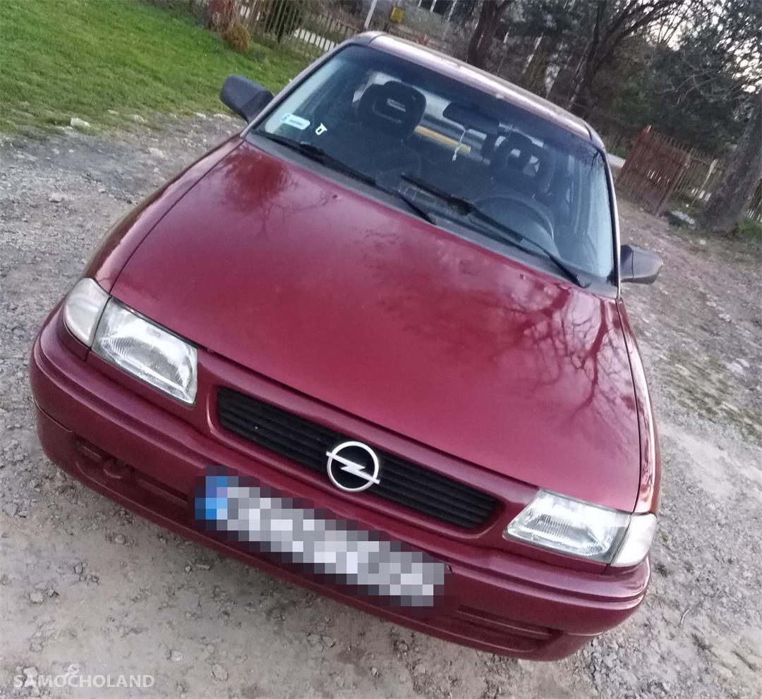 Opel Astra F (1991-2002) Sprzedam Opel Astra F LPG 2