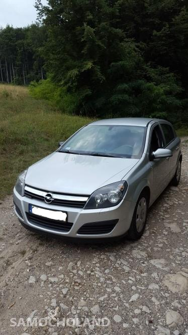 Opel Astra H (2004-2014) Opel Astra H 22