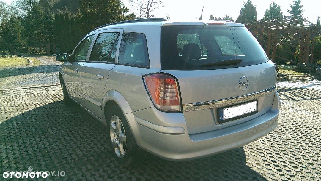 Opel Astra H (2004-2014) Kombi 1.9CDTI zarejestrowana w PL OC do sierpnia 2
