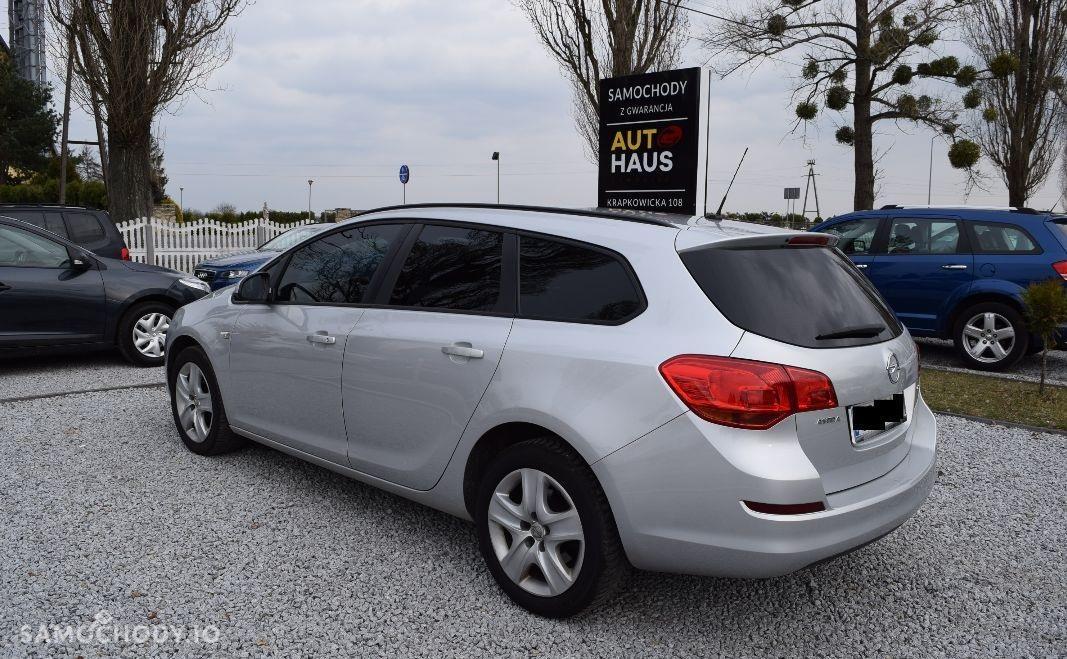 Opel Astra J (2009-2015) alufelgi , tempomat, klima 2