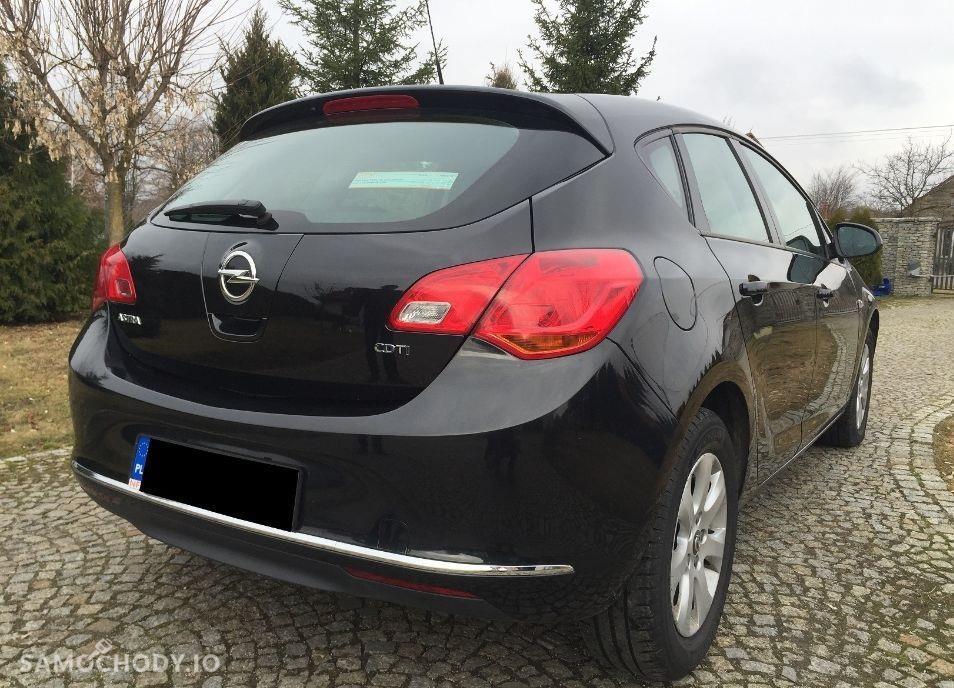 Opel Astra J (2009-2015) 1.7 diesel 110KM, rok 2013, Black, Clima 2